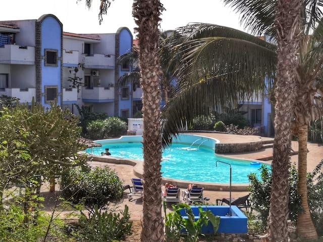 Sal service residence Moradias with communal pool