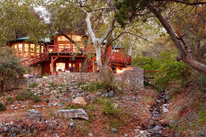 """Hummingbird Suite"" Getaway in the mountains of AZ"
