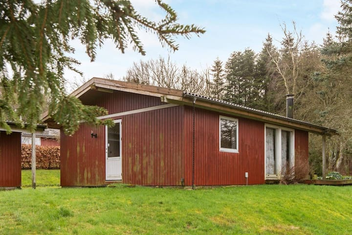 6 person holiday home in Fårvang