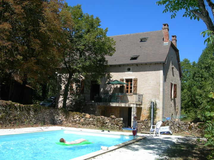 lovely  stone farmhouse in Aveyron
