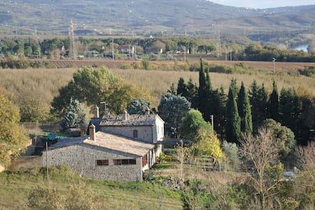 Casale Al Canneto - Baschi - บ้าน