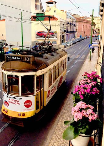 ICONIC Lisbon Tram House, Full of Lisbon Light! - Lisboa - Apartemen
