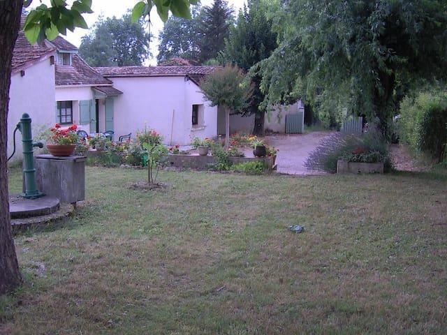 Vacances près de Bergerac - Lamonzie-Saint-Martin - Ház
