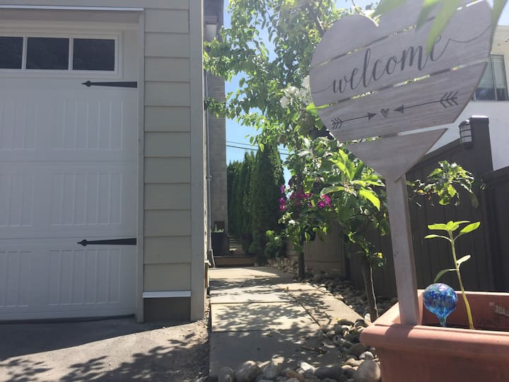 Apple Lane: Spacious and private