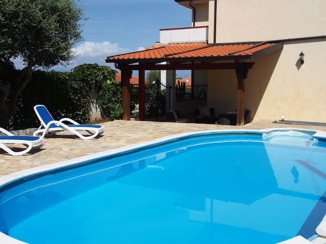 Villa with private pool & sea view  - Zambrone  - Vila