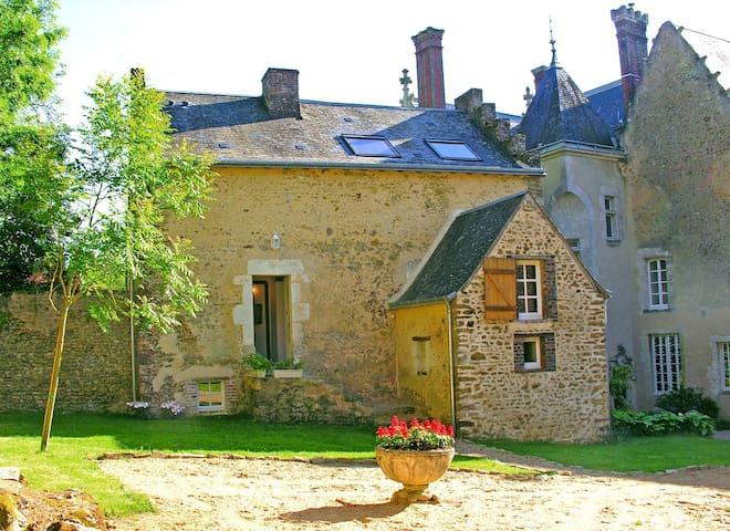 Le Cottage du Chateau, Loire - Conflans-sur-Anille - Rumah
