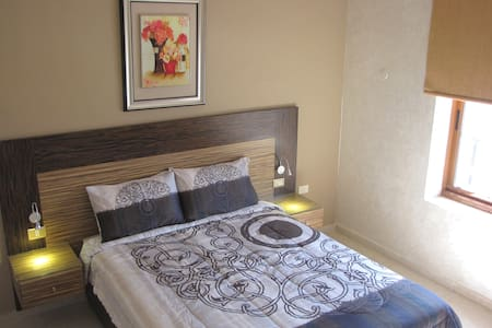 Standard Double Room - Amman - Apartment