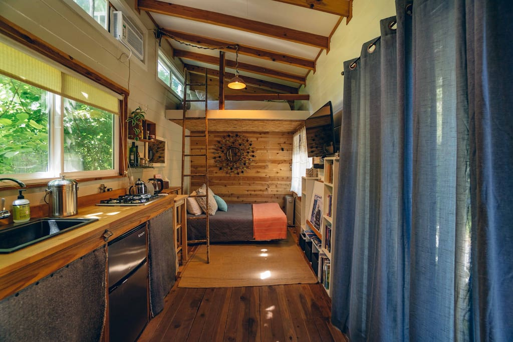 Small space but Spacious Feeling Tiny Home