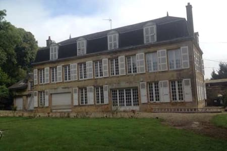 Chateau de Christina B&B for 3 - Bed & Breakfast