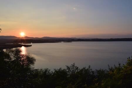 Accogliente appartamento vista lago - Mugnanesi