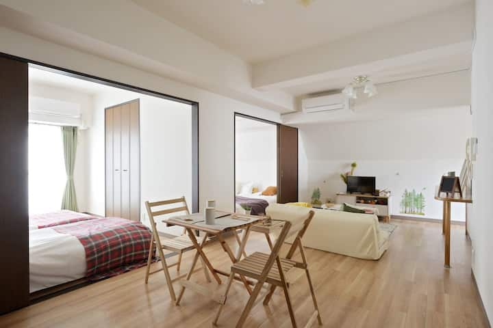 A2009/10min on foot to Namba/family/full rent//501