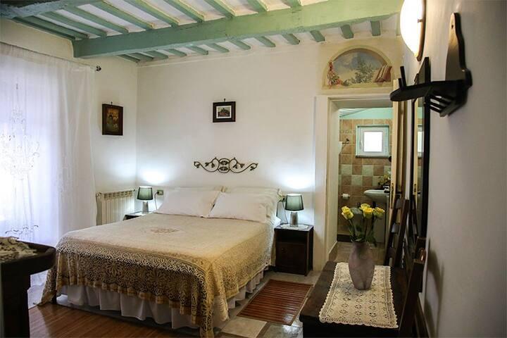 Bed & Breakfast NATALIA - Gualdo Tadino - Bed & Breakfast