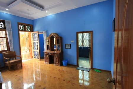 Double Room in Bamboo Place - Yangon - Bed & Breakfast