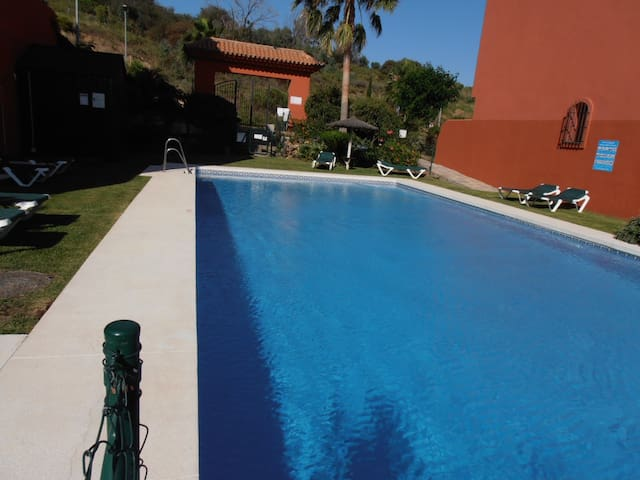 3bed tripplex Beach/Golf Estepona - Estepona - Byt