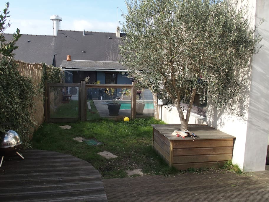 Maison nantes et piscine chauff e houses for rent in for Piscine nantes petit port