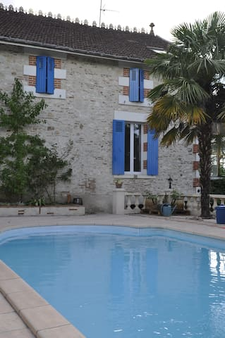 Cosy Studio, swimming pool and BBQ - Villeneuve-sur-Lot - Haus