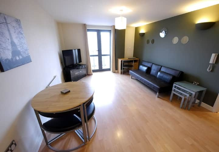 Top Floor Business Stay Apartment
