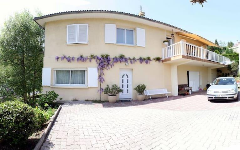 Appartement situé au rdc d'1 villa - Aspin-en-Lavedan - Rumah