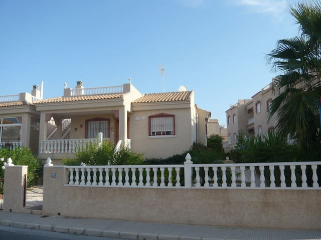 Villa Algorfa - Castillo de Montemar - Rumah