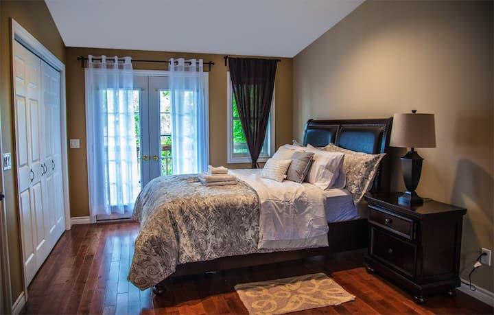 Niagara Modern comfy home