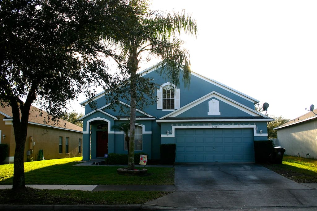 Welcome to our Shared Pool Home Near the Orlando International Airport – 2 bedrooms included for the price of one