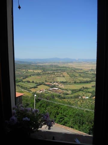 Panoramic house in medieval town - Castiglione della Pescaia (località Buriano) - Appartement