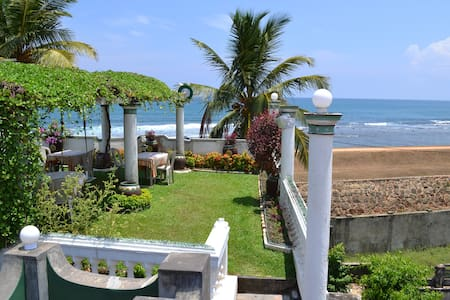 Galle Fort Standard Double Room - Galle - Bed & Breakfast