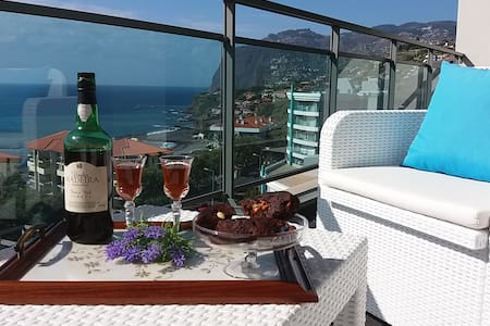 Funchal, Luxurious seaview Apartment