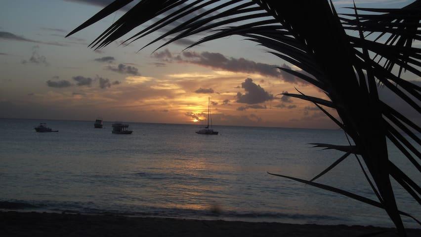 Günstige Ferienstudios auf Barbados - Oistins - Gästhus