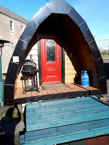 The Pod, Oughterard