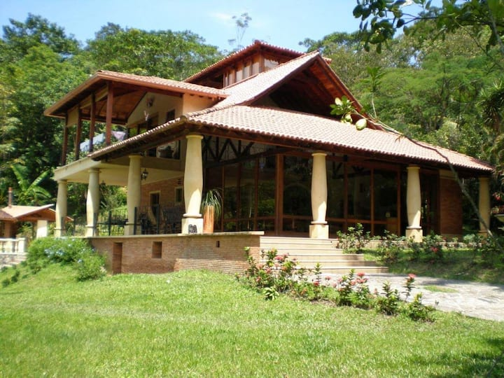 Finca Villa Laura