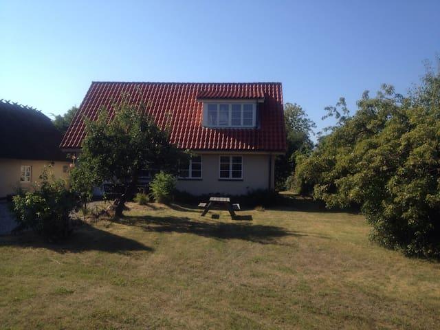 Central beliggenhed ved Rørvig Havn - Rørvig - House