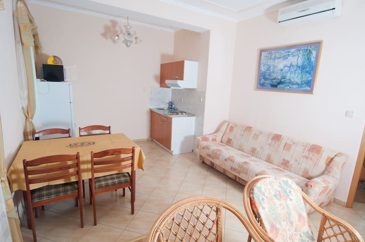 Apartment A10 for 4 in Vila Palma