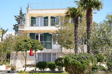 Villa Hramina - Urlaub im Paradies - Murter