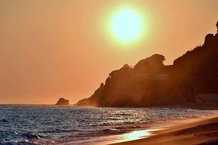 100 metros BEACH & WIFI GRATIS - Calella
