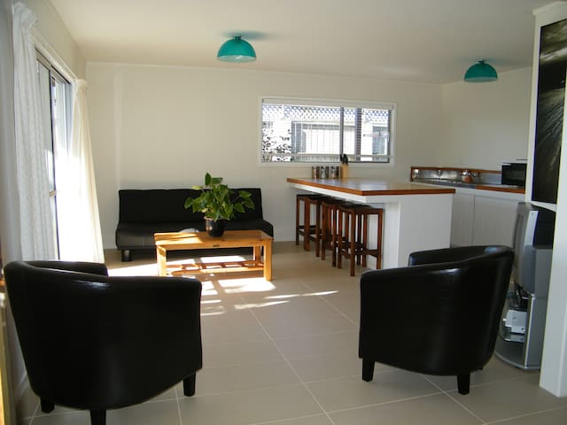 White Sands Holiday Apartment