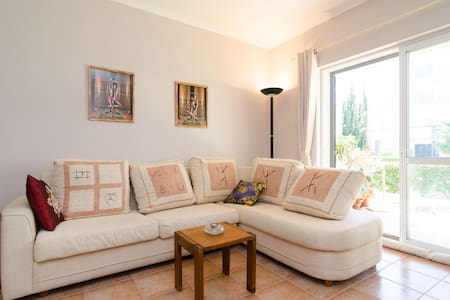 Cozy 1 BR apt.with pool and garden. - Lagos - Flat