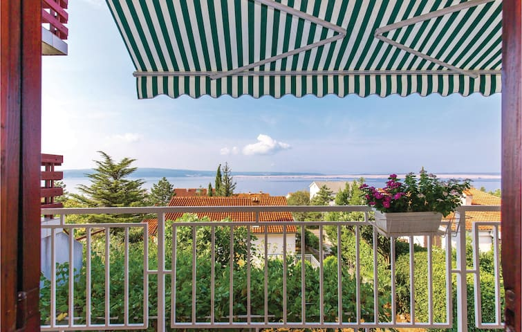 Holiday apartment with 2 bedrooms on 66m² in Dramalj