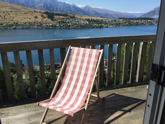 Amazing and uninterrupted views - Queenstown - Casa