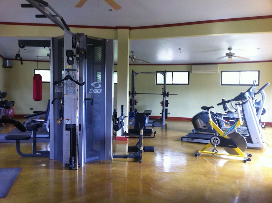 Fully equipped gym (AC & fans)
