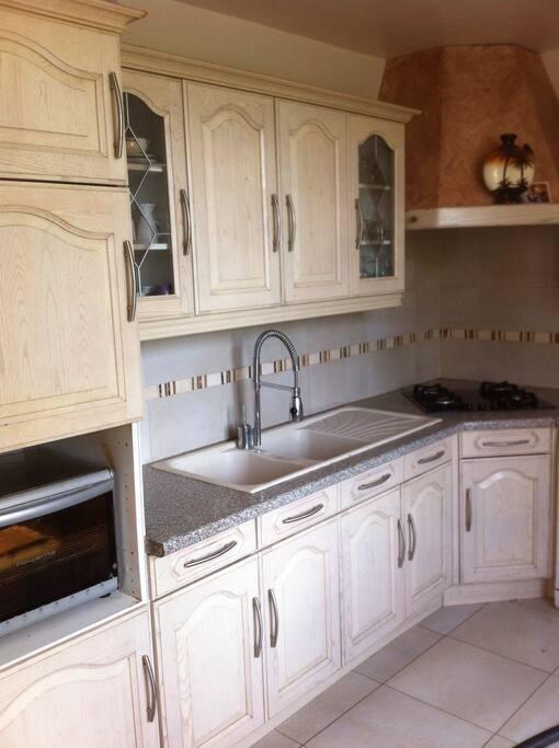 demeure de charme 5 km du pin g tes la ferme louer saint germain de clairefeuille. Black Bedroom Furniture Sets. Home Design Ideas