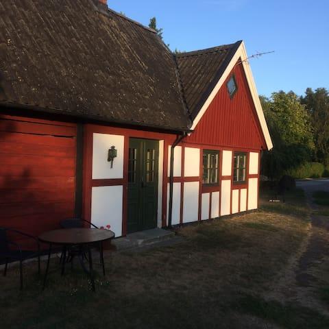 Lägenhet i korsvirkesgård