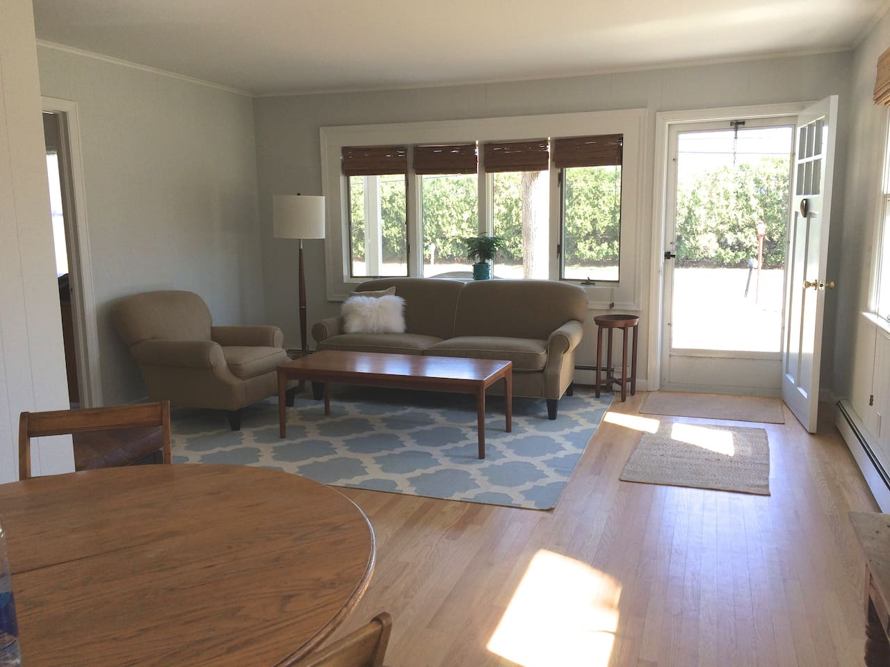 Open plan living/ dining room