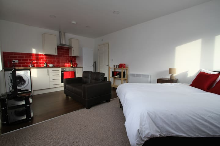 The Gladstone Studio - Loughborough - Apartemen