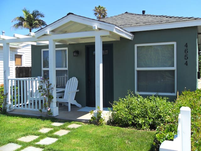 Bermuda Beach Cottage with parking - Ocean Beach, San Diego - Haus