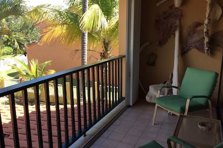 Unique beach apt for art lovers! - Humacao