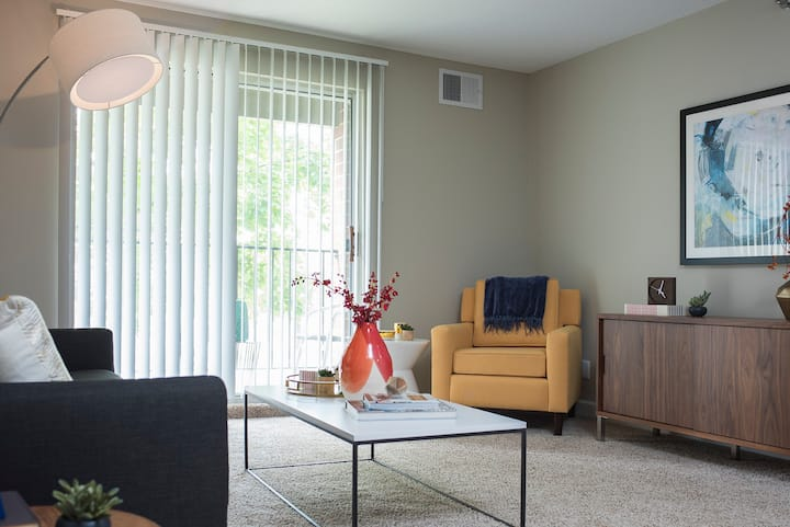 Comforts of home + convenience | 1BR in South Bend