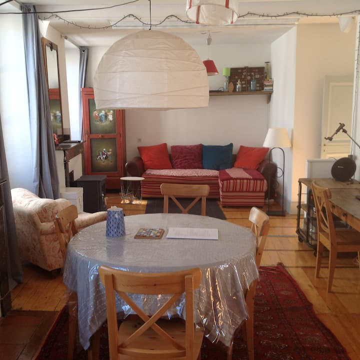 Appartement 100 m2 centre Cahors avec terrasse