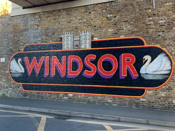 Central Windsor Location