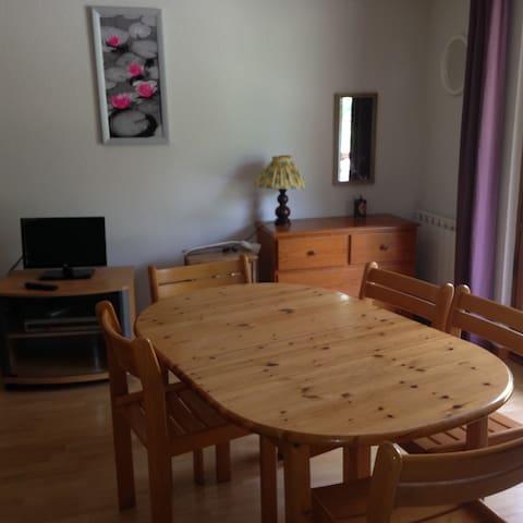 studio meuble - Pugny-Chatenod